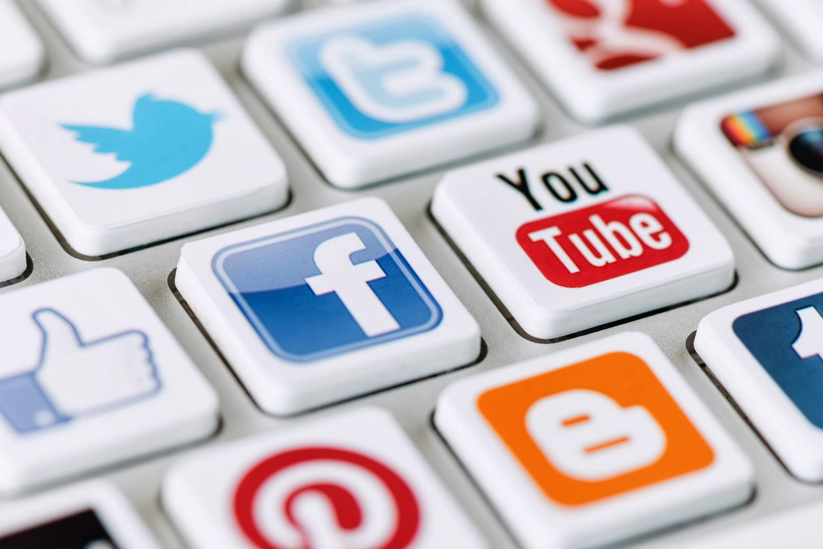 examples of social media posting that can work for your brand